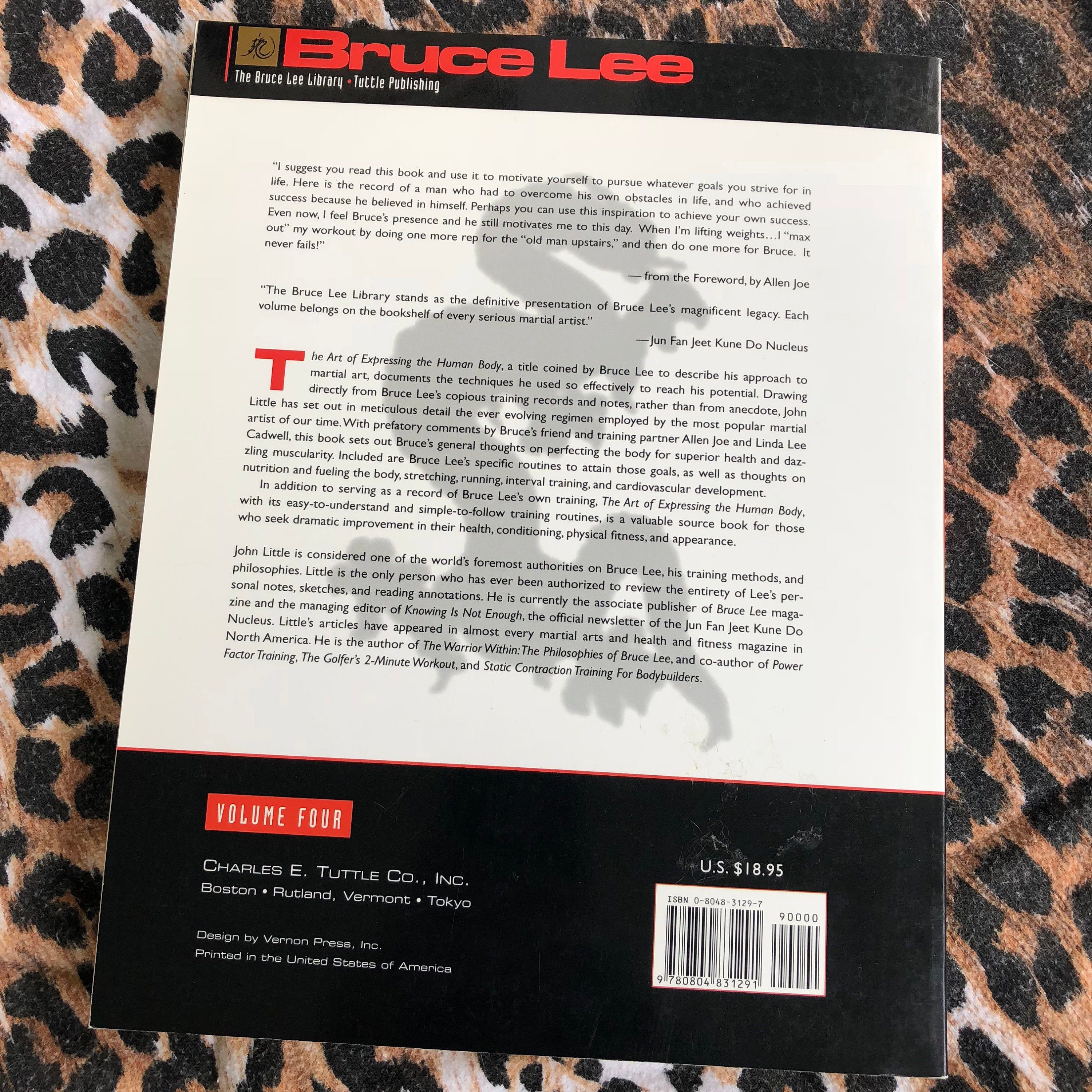 bruce lee the art of expressing the human body epub
